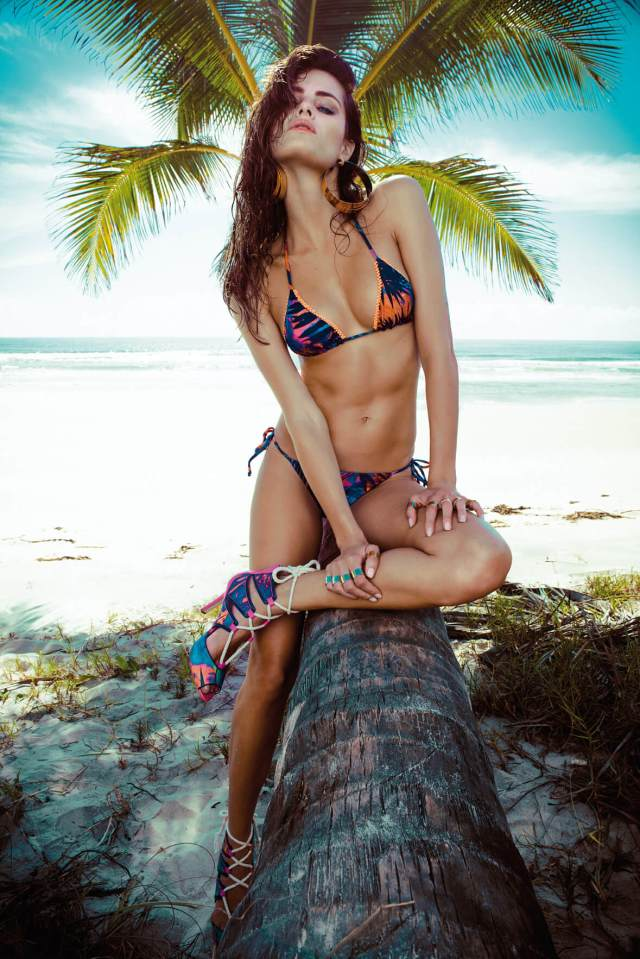 Isabeli Fontana hot pictures (3)
