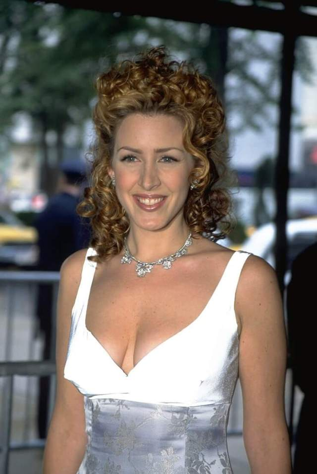 Joely Fisher beautiful pics