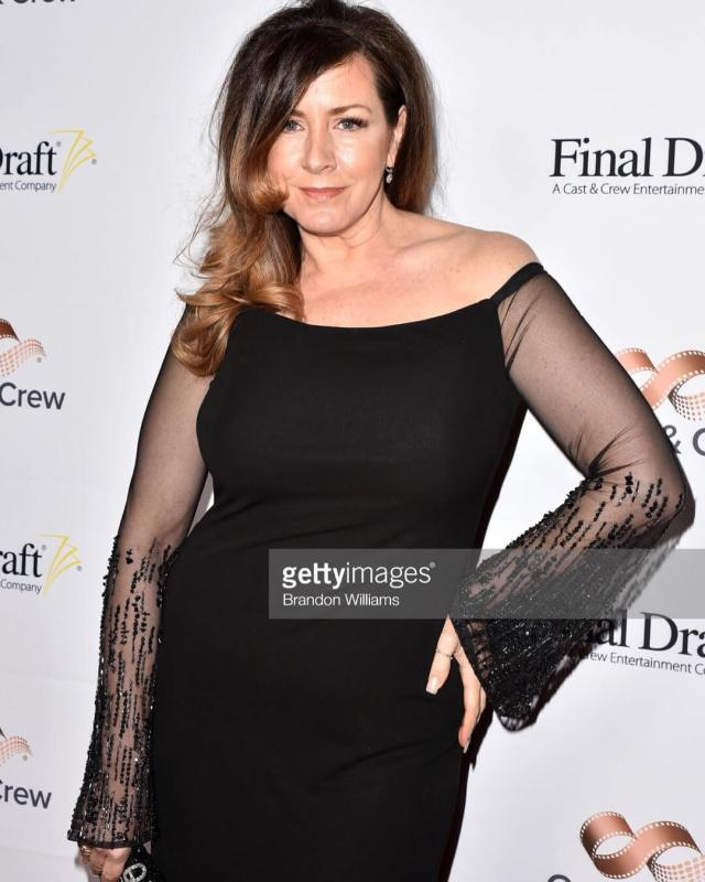 Joely Fisher hot photos