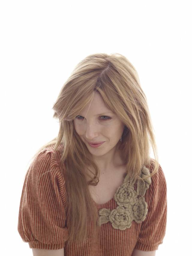 Kelly Reilly hot picture