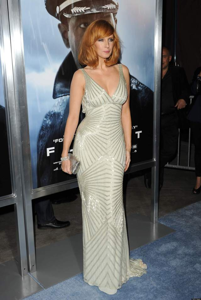 Kelly Reilly sexy picture