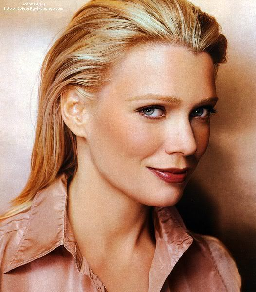Laurie Holden hot lady pic