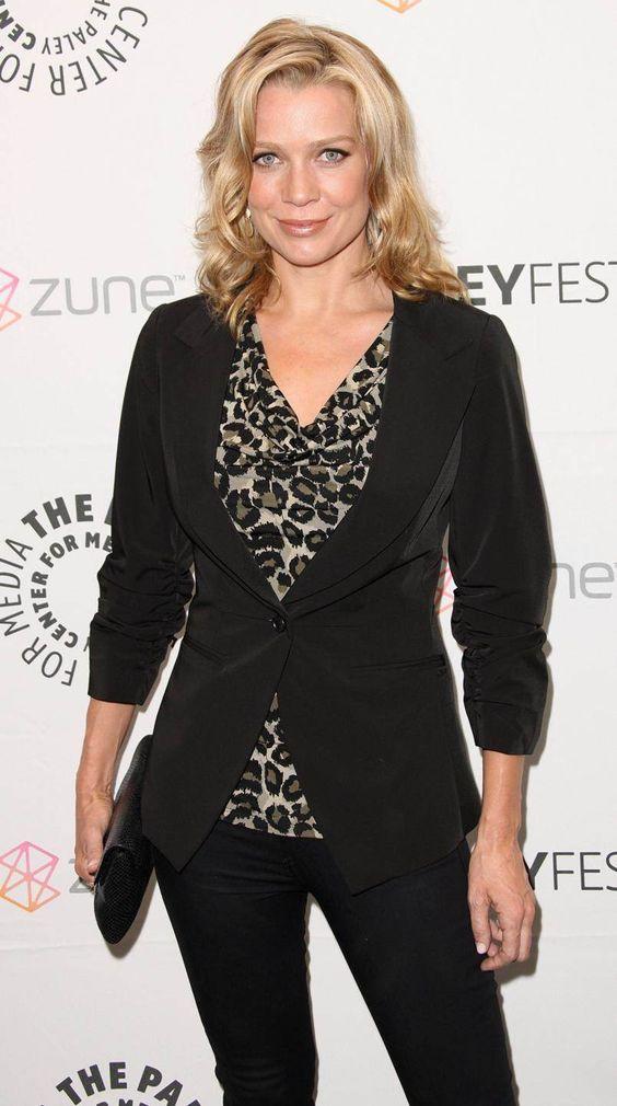 Laurie Holden hot women picture