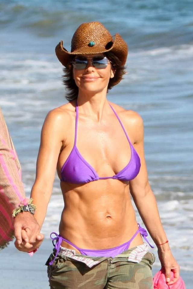 Lisa Rinna awesome pic