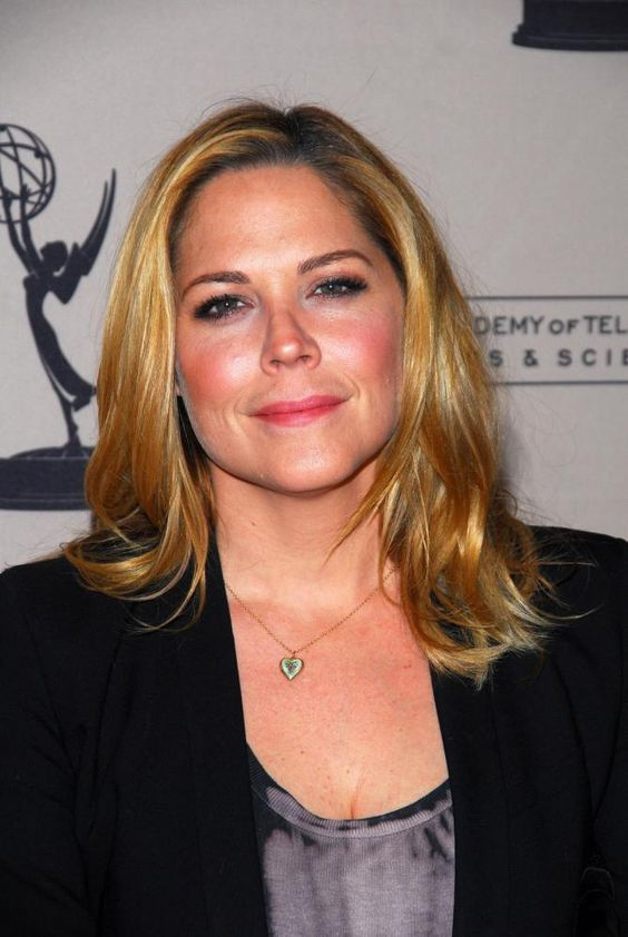 Mary McCormack awesome pic
