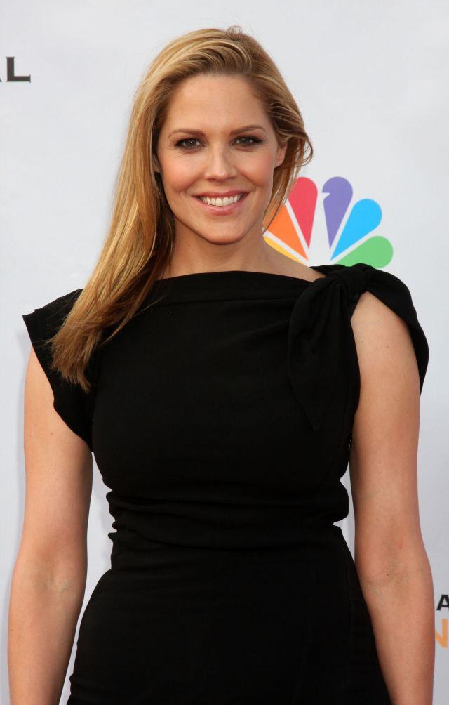 Mary McCormack awesome picture (2)