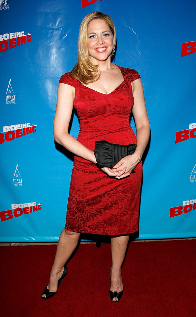 Mary McCormack hot pictures