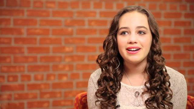 Mary Mouser sexy pics (4)