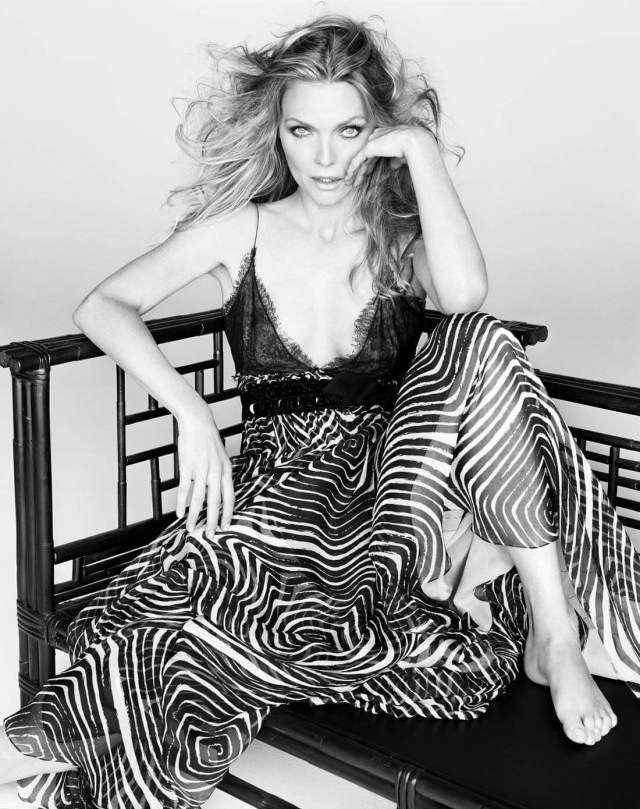 Michelle Pfeiffer hot pictures