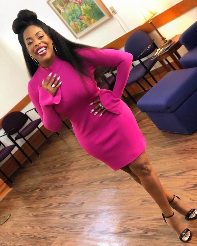 Niecy-Nash hot pictures (2)