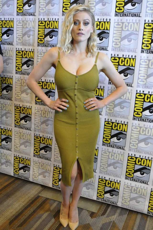 Olivia Taylor Dudley awesome pictures