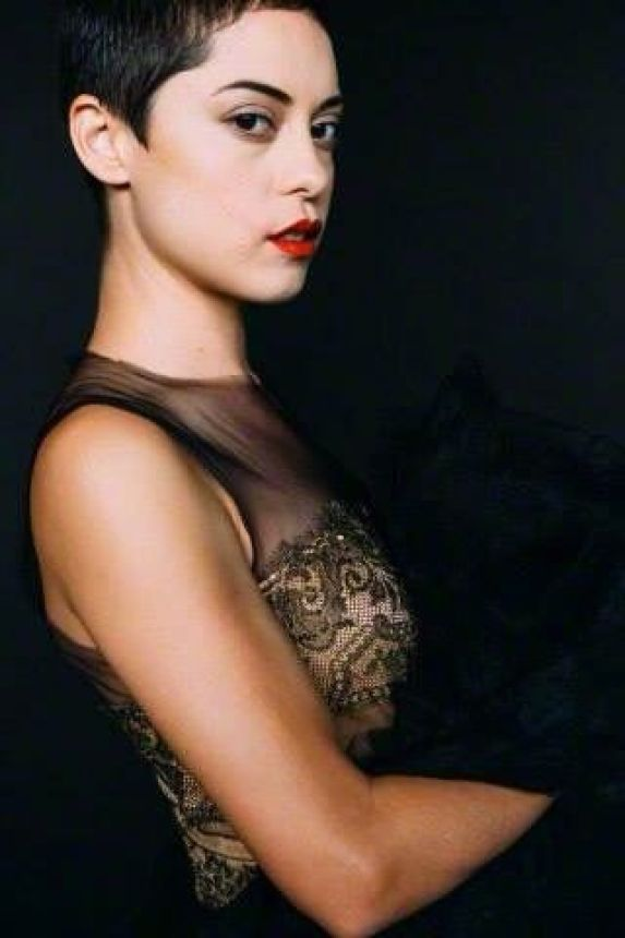 Rosa Salazar awesome pic