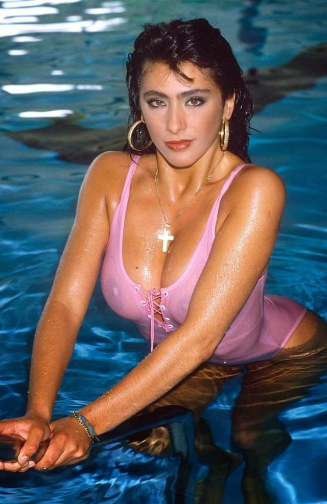Sabrina Salerno sexy wet look