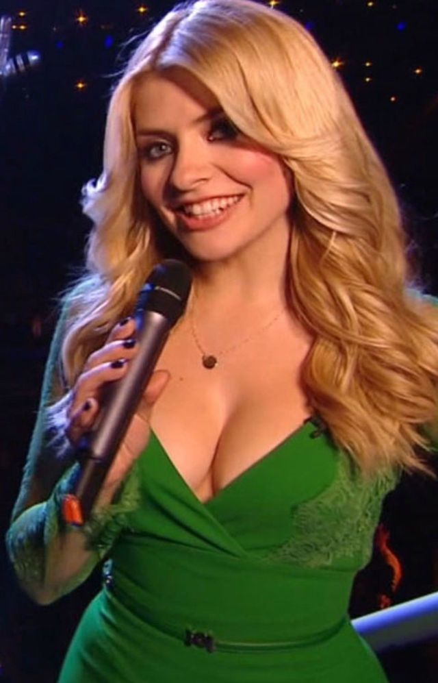 holly Willoughby very sexy