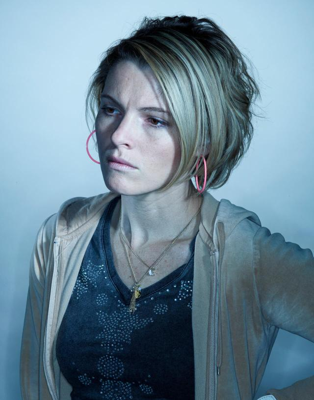 Amy Seimetz hot busty pictures
