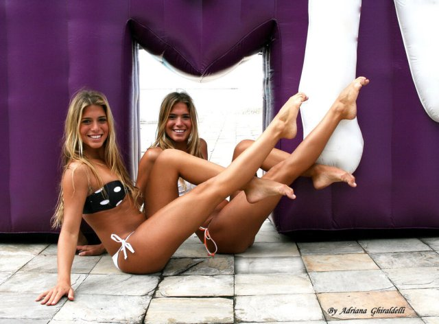 Bia & Branca Feres sexy pictures