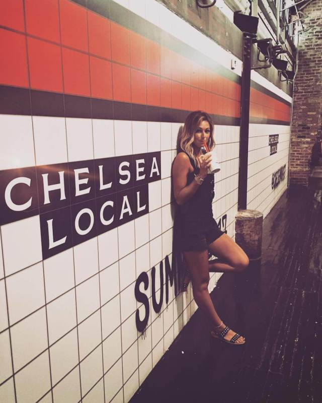 CHELSEA MEISSNER thighs awesome (2)