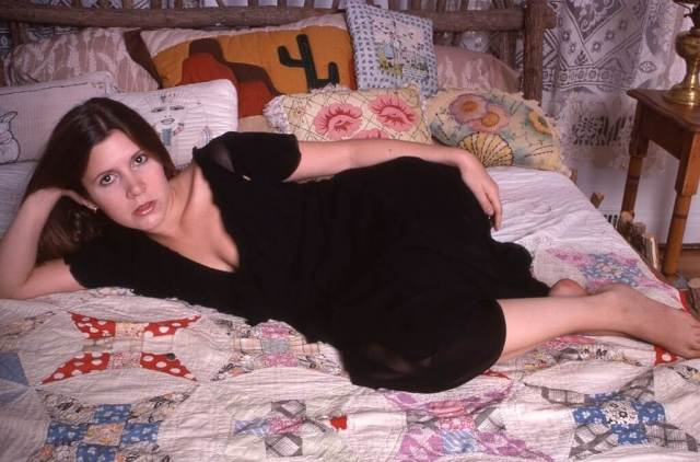 Carrie Fisher SEXY BLACK DRESS PIC