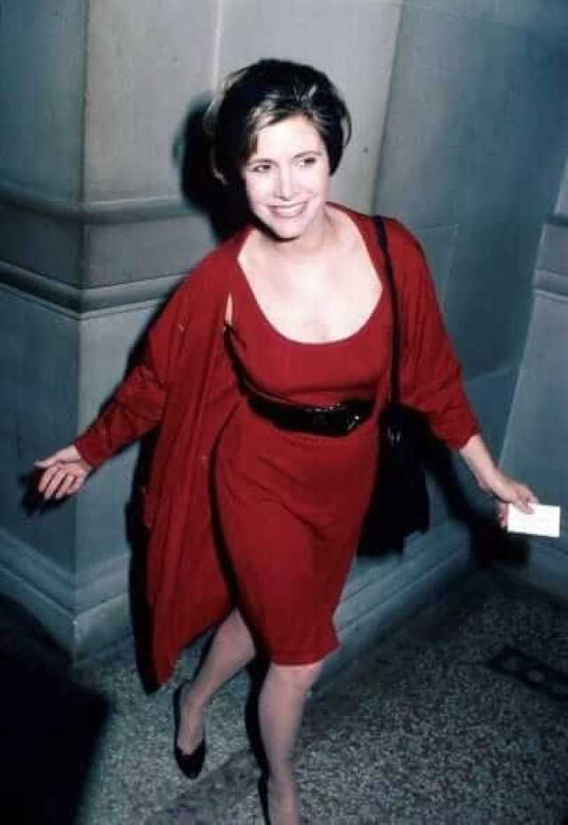 Carrie Fisher SEXY RED DRESS