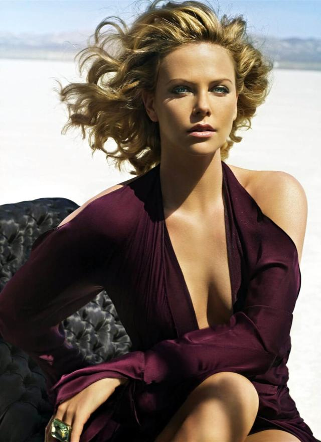 Charlize Theron hot cleavage