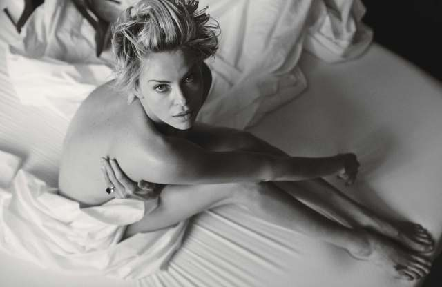 Charlize Theron nude pic