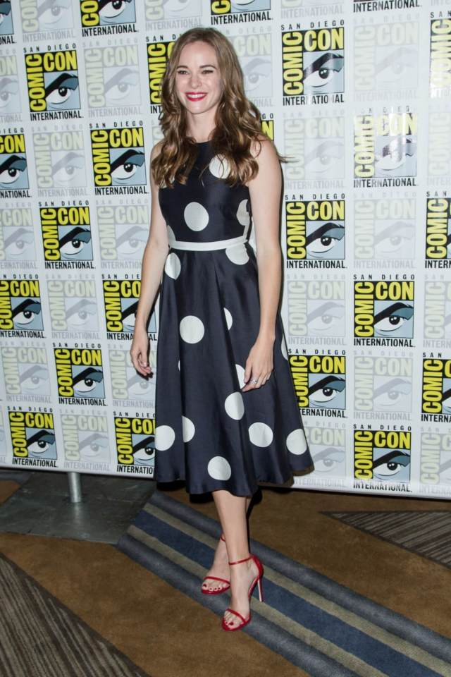 Danielle Panabaker awesome look