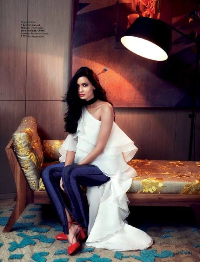 Diana Penty awesome feet pic