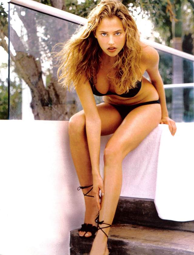Estella Warren awesome pictures