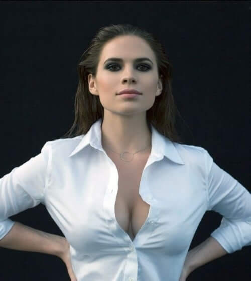 Hayley Atwell sexy cleavages pci