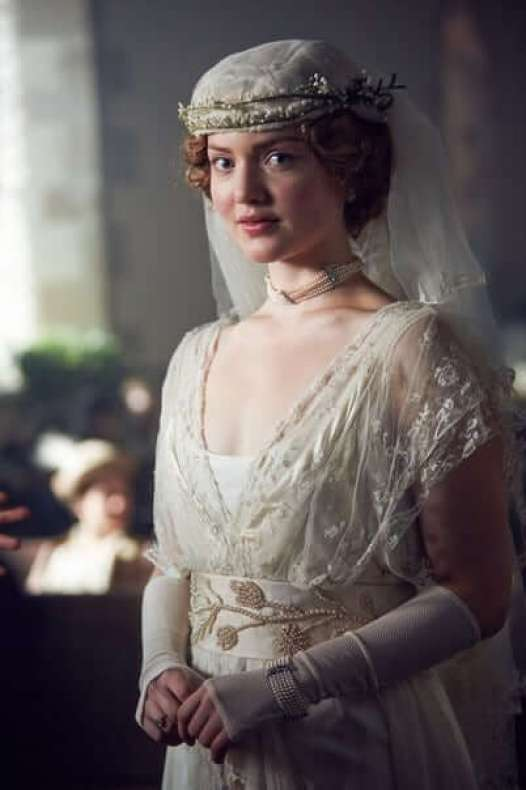 Holliday-Grainger awesome photos