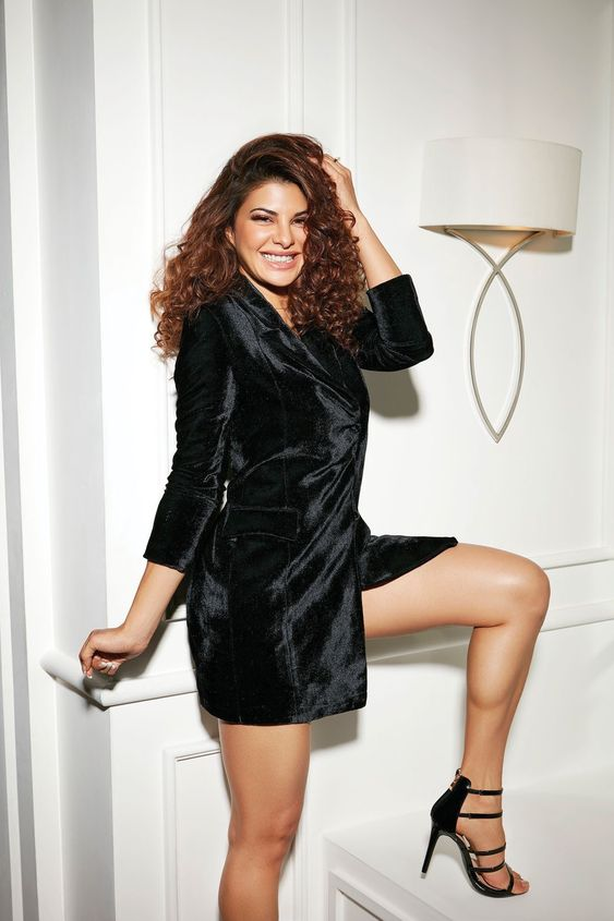 Jacqueline Fernandez Hot in Black Dress