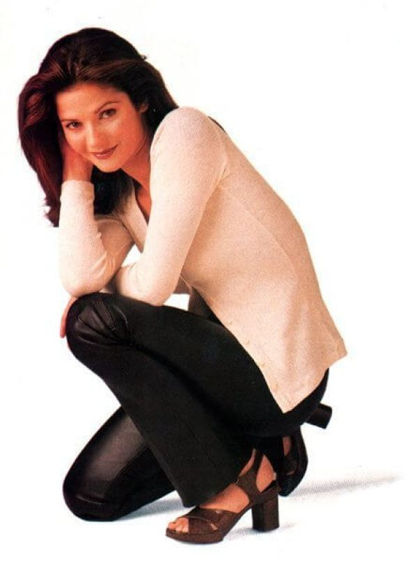 Jill Hennessy feet awesome