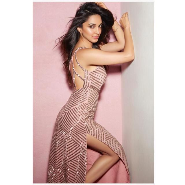 Kiara Advani Hot Look