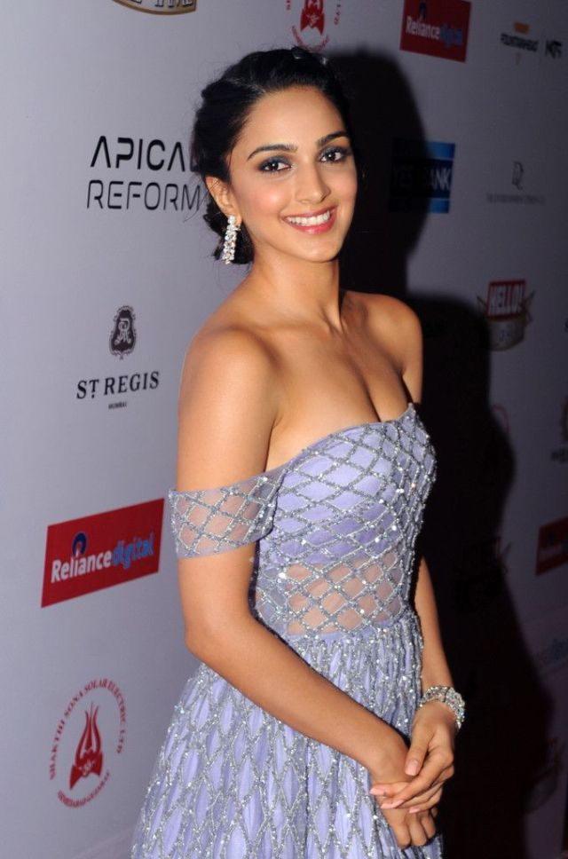 Kiara Advani Sexy Boobs on Beautifull Dress