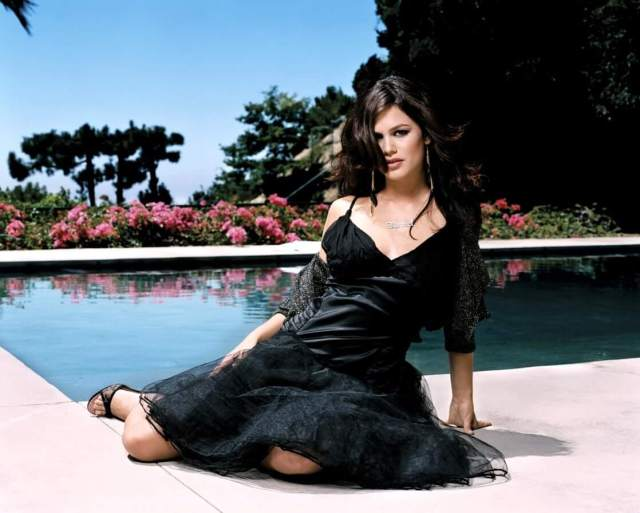 Rachel Bilson awesome pictures
