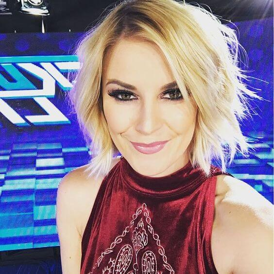 Renee Young hot picture