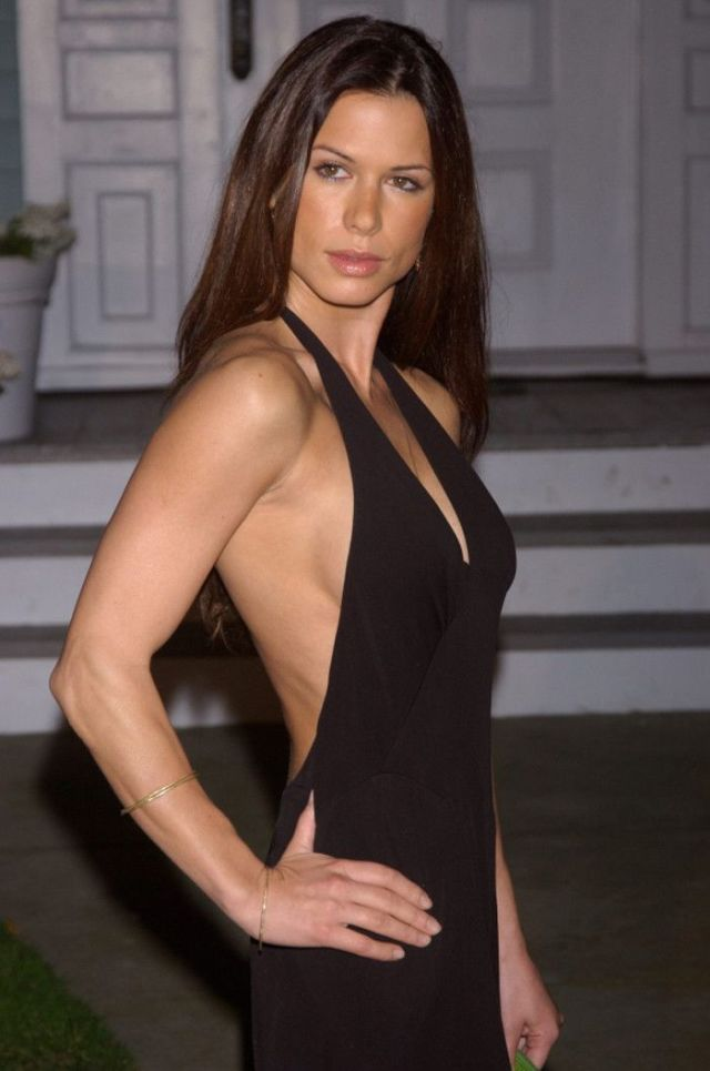 Rhona Mitra Side Boobs Pictures