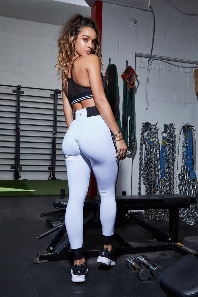 Sommer Ray awesome picture