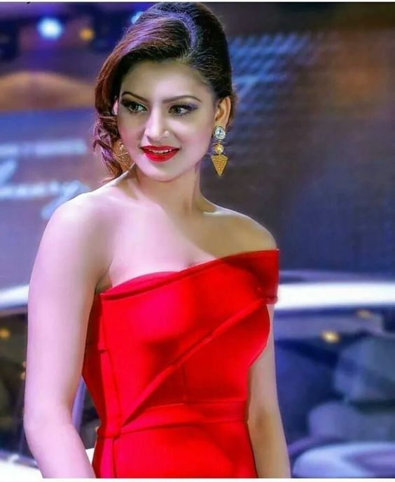 Urvashi Rautela Red Lips