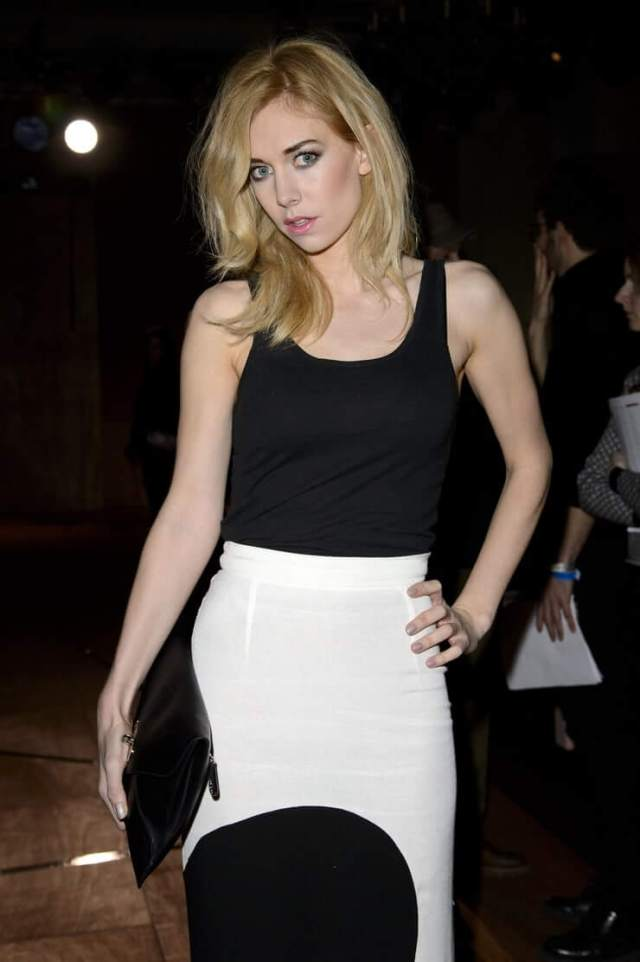 Vanessa Kirby awesome picture (2)