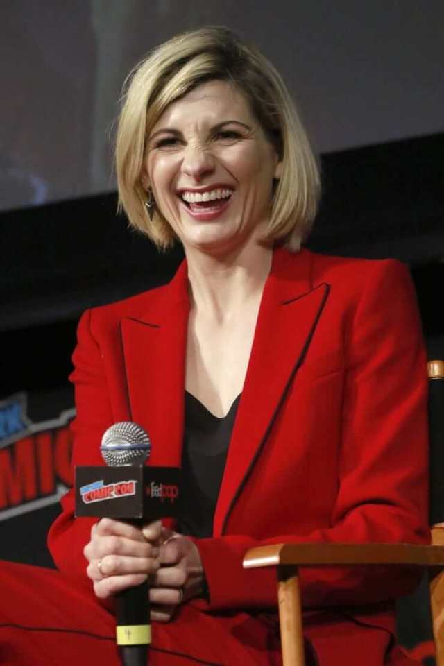 jodie whittaker on the mic
