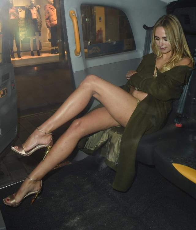 kimberley garner inside the car