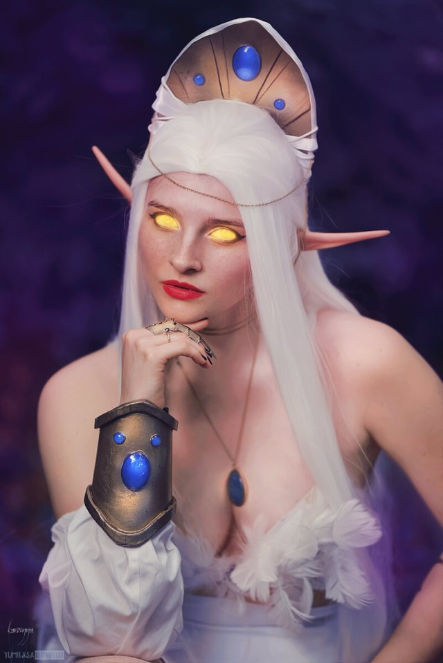queen azshara cleavage pictures