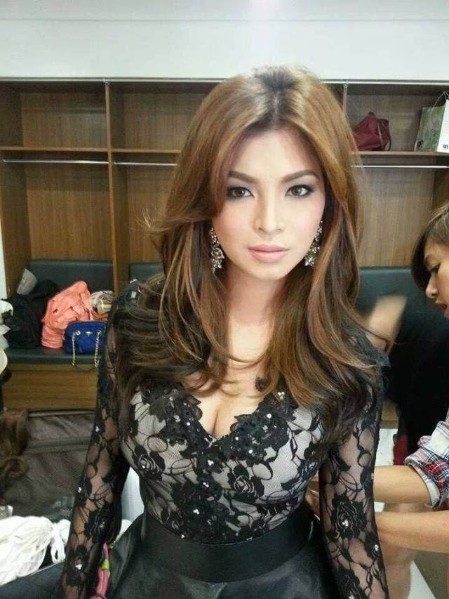 Angel Locsin hot photos
