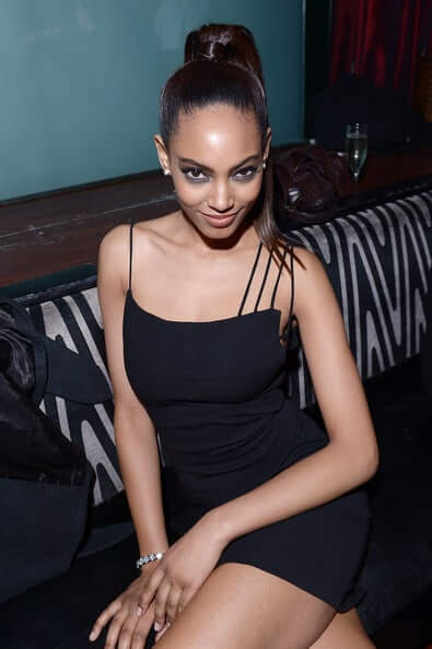 Ariel Meredith awesome photos