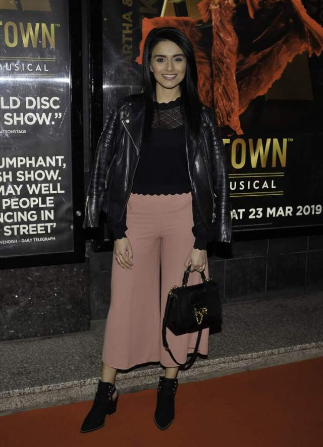 Bhavna Limbachia hot pictures (2)