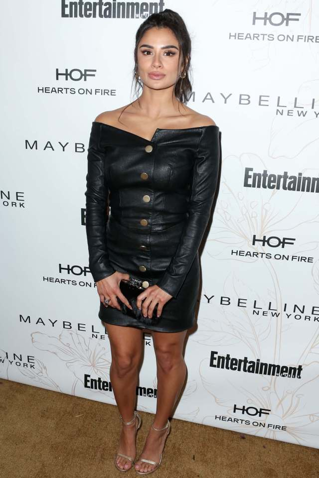 Diane Guerrero legs awesome