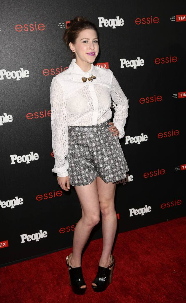 Eden Sher feet awesome (2)