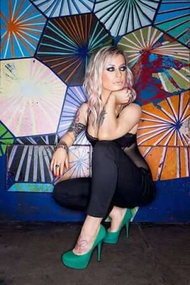 Gin Wigmore feet images