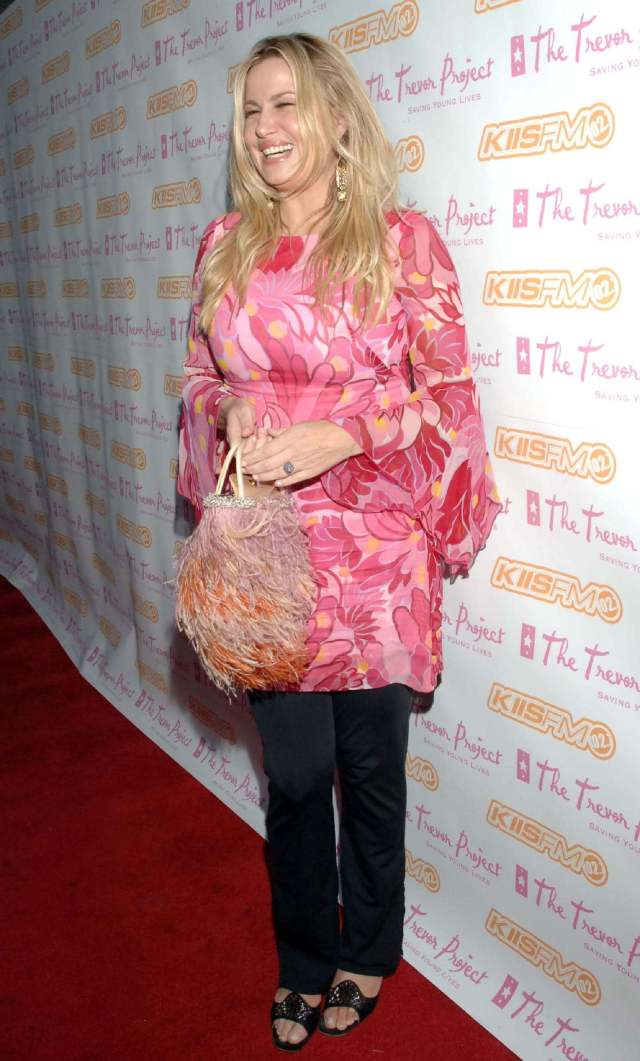 Jennifer Coolidge awesome picture (3)